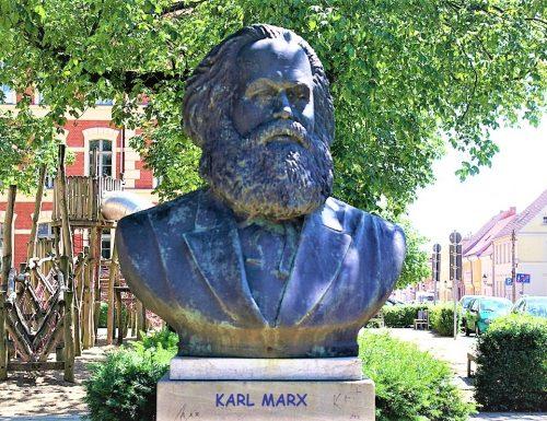MARX E L'ECONOMIA – IL CAPITALE – DAS KAPITAL – Kritik der politischen Oekonomie